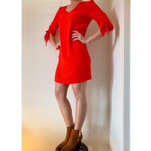 Charles Henry Knotted Sleeve Shift Dress 🌹
